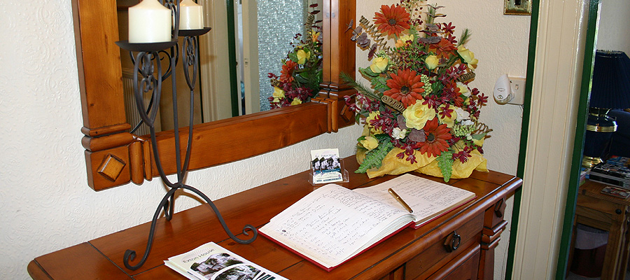 Guest Book and reviews